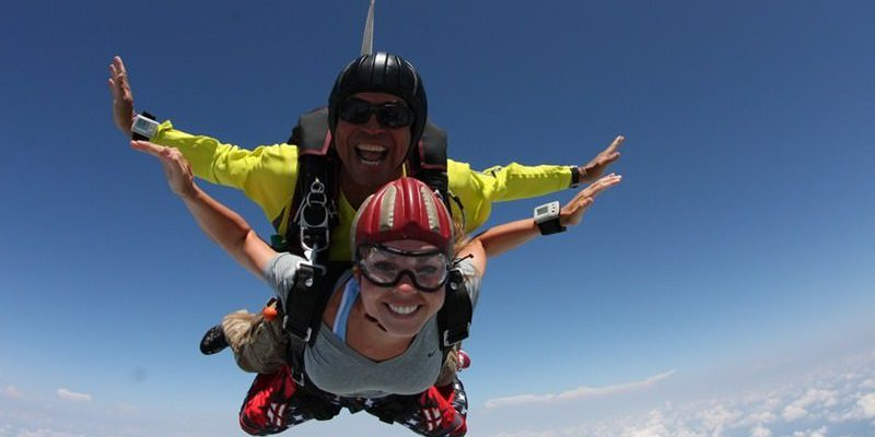 Which is Safer, Skydiving or SCUBA Diving | Skydive Orange