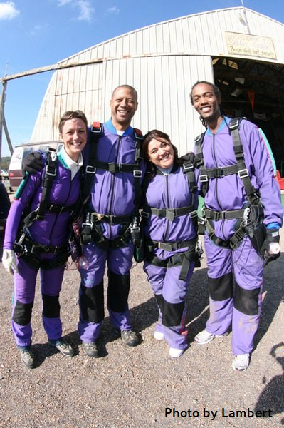 first time skydiving students before jump