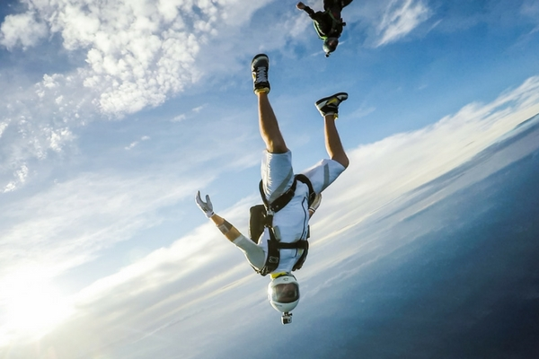 fun jumpers skydiving with beautiful weather