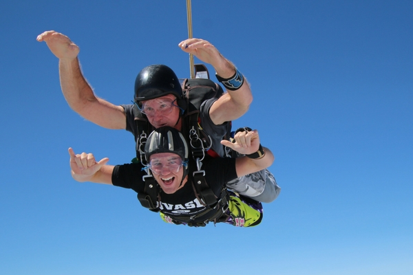 tandem student in freefall