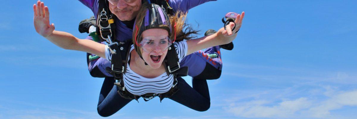 woman screams in skydiving freefall