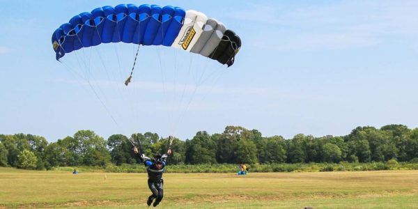 How To Buy Used Skydiving Gear | Skydive Orange