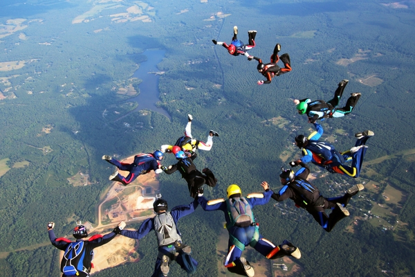 experienced skydivers in formation