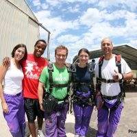 tandem skydiving students