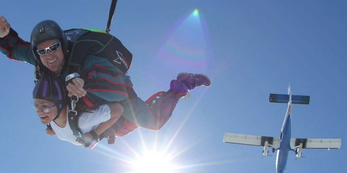 first time skydiver dressed in short sleeves
